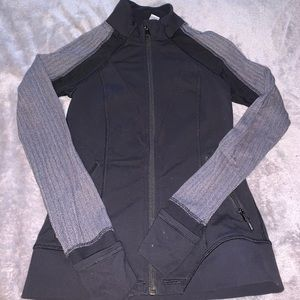 Iviva zip up sweater